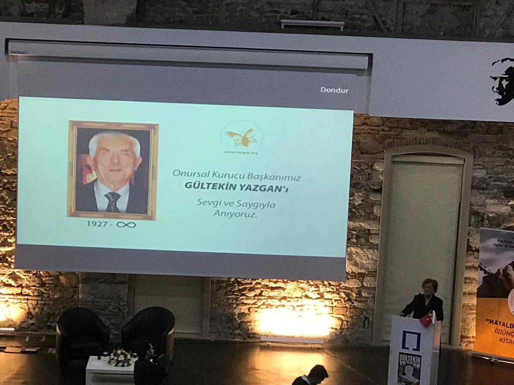 Türkiye Görme Özürlüler Kitaplığı (TÜRGÖK)'ün Onursal Kurucu Başkanı Gültekin YAZGAN aramızdan ayrılışının 7. yılında anıldı. . Ayrıntılar için Tıklayınız